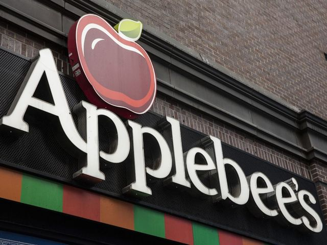 Up to 160 Applebee's and IHOPs to close