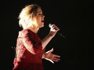 Clinton comments on Adele's endorsement