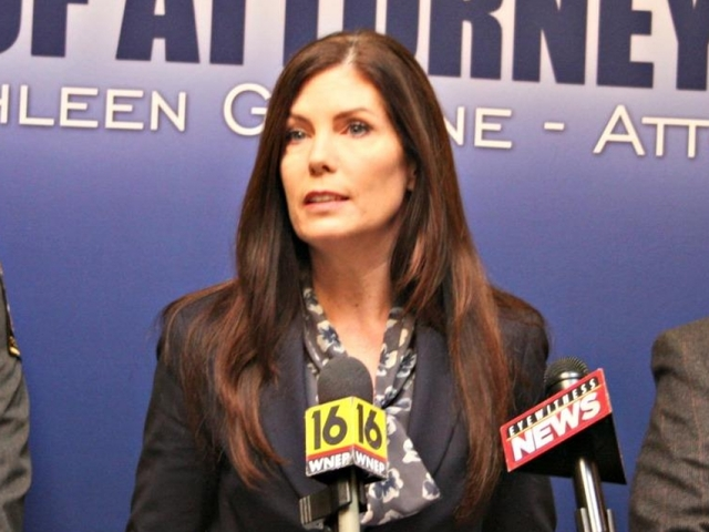 Pa. attorney general resigns a day after conviction