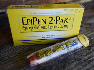Mylan launching generic version of EpiPen