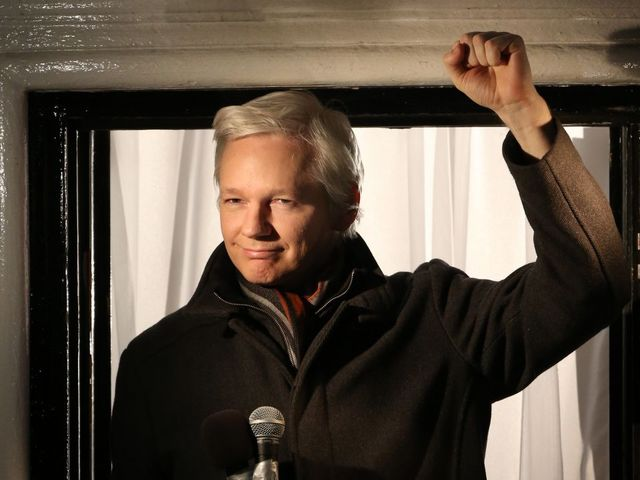 Assange: American Media Is 'Erecting A Demon' By Defending Hillary Clinton