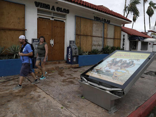 Hurricane Newton slams Baja resorts, heads toward Arizona