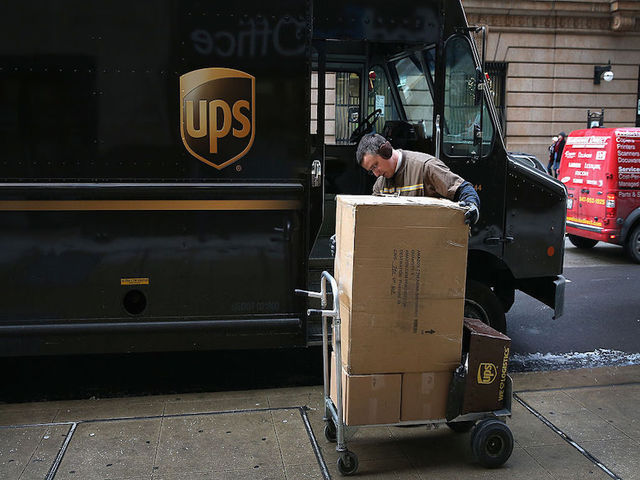 UPS hiring 95000 for holidays for third consecutive year