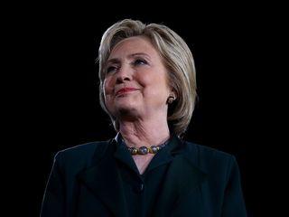 Clinton mocks Trump's tweet storm with her own