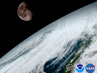 Moon eclipse, comet, Snow Moon all this weekend