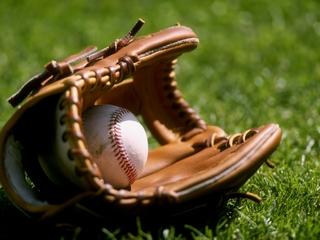 Nebraska baseball hangs on for win over Cal Poly