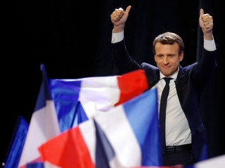 Emmanuel Macron gets support from former rivals