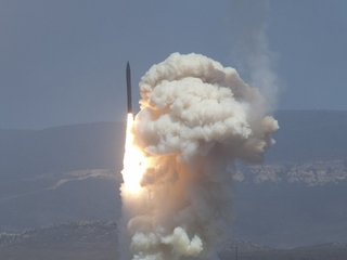 US plans first counter-ICBM test