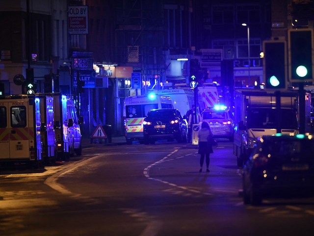London Bridge Shut Down After Van Hits Pedestrians