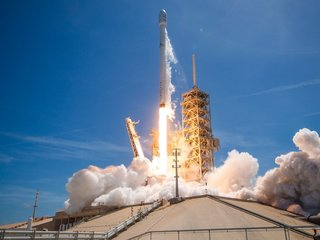 SpaceX launches 2 rockets in 2 days