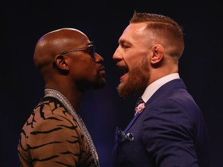 Mayweather-McGregor bout may use lighter gloves