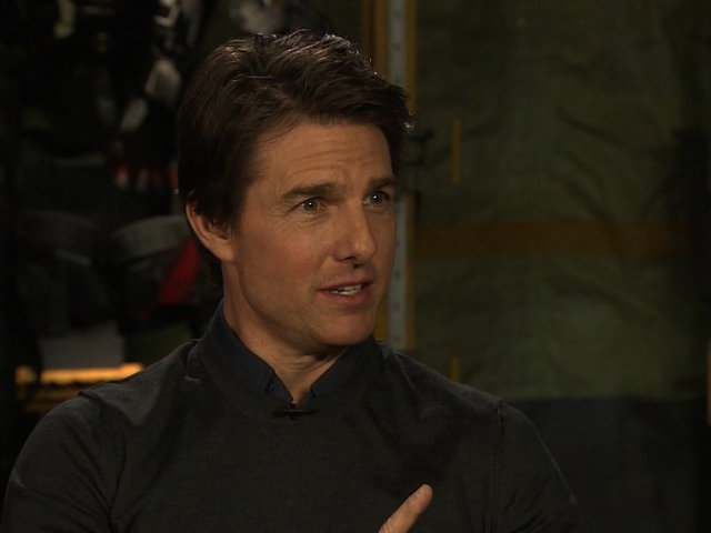 Tom Cruise on the mend after breaking ankle…