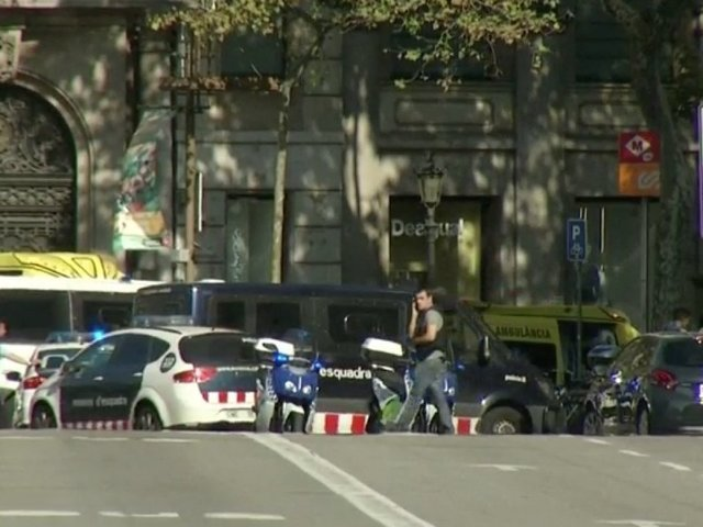 Police: Barcelona suspect may have crossed French border