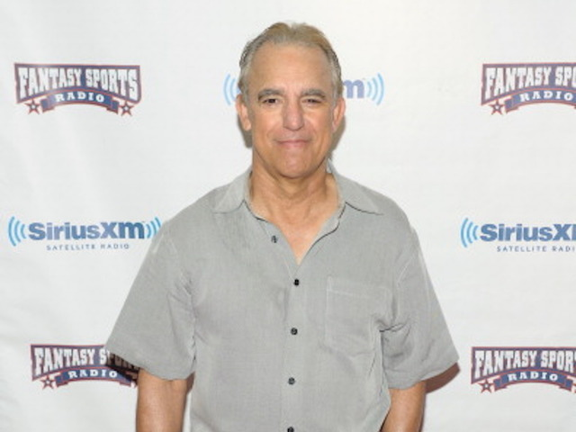 Jay Thomas, 'Murphy Brown' and 'Cheers' Actor, Dies at 69