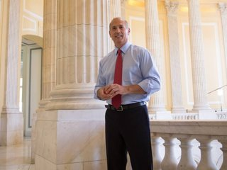 Rep. Tom Marino out as Trump's drug czar pick